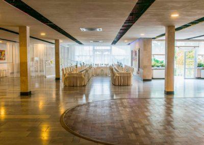 Sala-restauracyjna2-1200