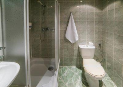 3---Pokój-1-osobowy-standard---łazienka